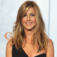 Jennifer Aniston Takes Broadway Stage as a Dog?